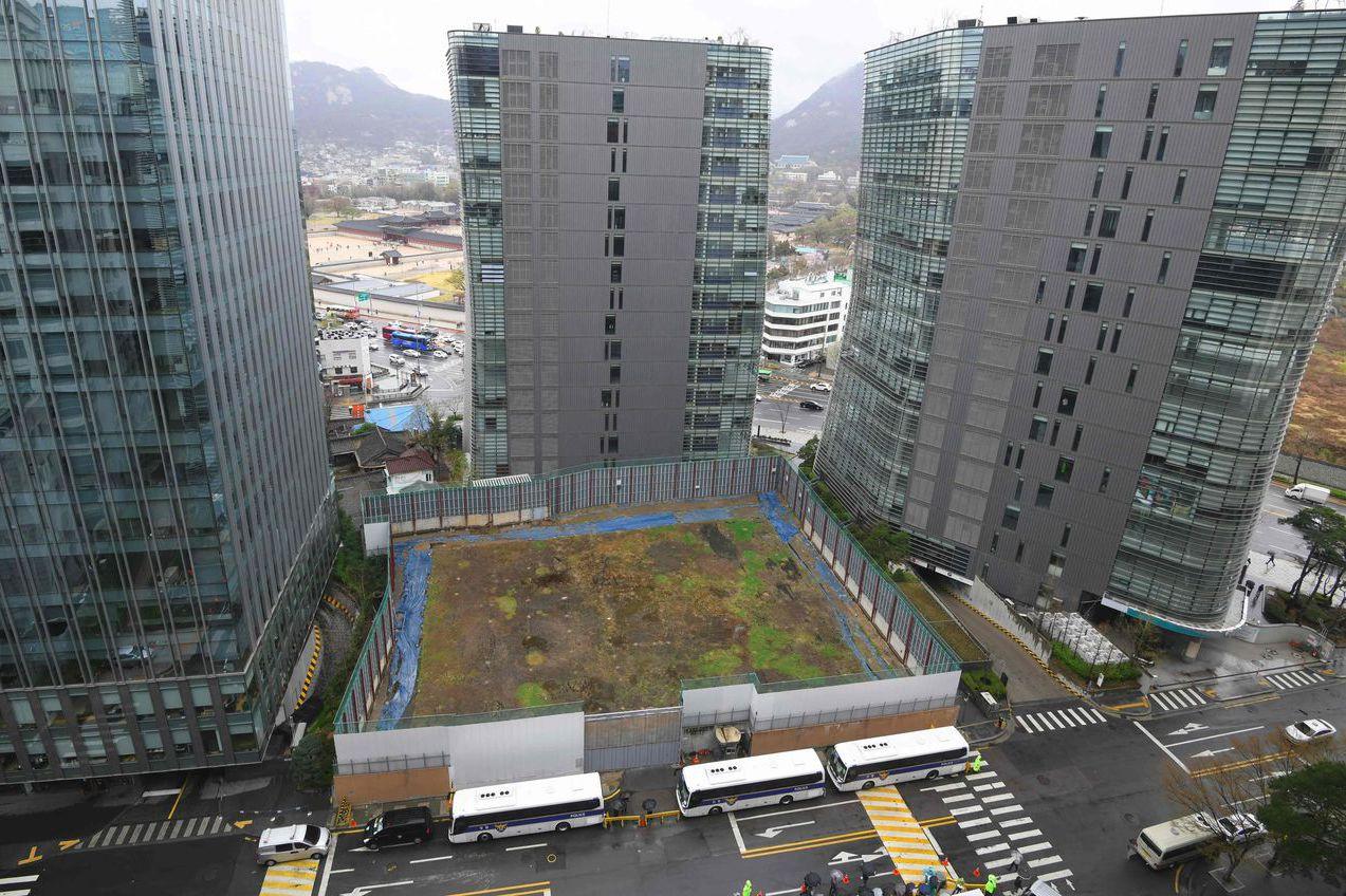 日本駐首爾大使館的重建基地,但南韓已撤銷建設許可。 (法新社)
