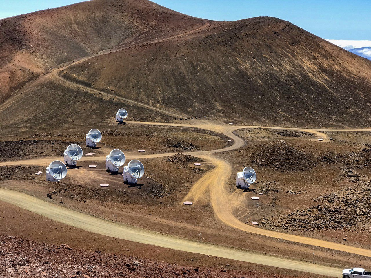 尋黑洞 全球八座天文台 組成地球大小的虛擬望遠鏡 美聯社