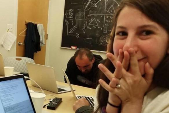 史上首張黑洞照片,演算法出自29歲女科學家布曼(圖)之手。 圖/摘自Katie ...
