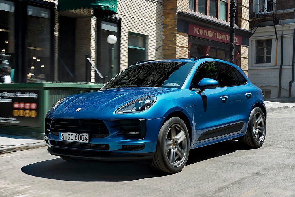 Porsche這次送測銷售額較高的Macan車型,搭載2.0L渦輪增壓引擎跑出1...