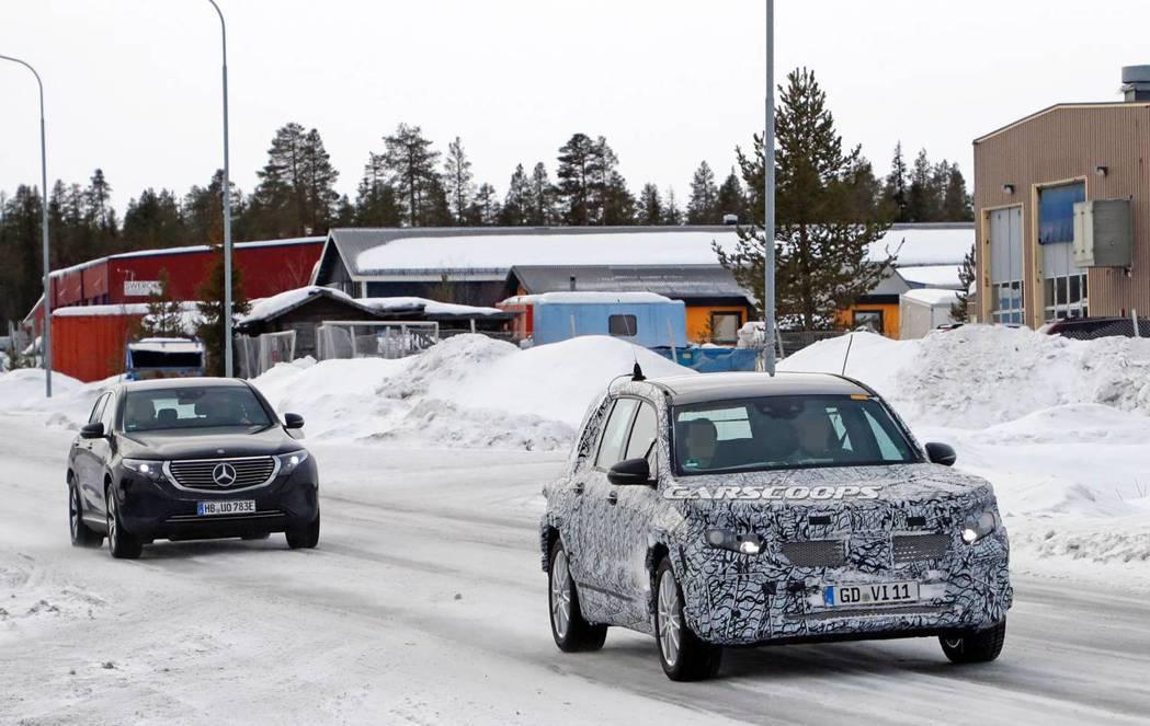 雖然純電新軍EQB在近期仍不會發表,但Mercedes-Benz的全新小型休旅G...