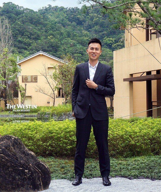 力麗威斯汀酒店董事長郭濟綱,對於自家飯店溫泉的質量深有信心。  徐谷楨/攝影