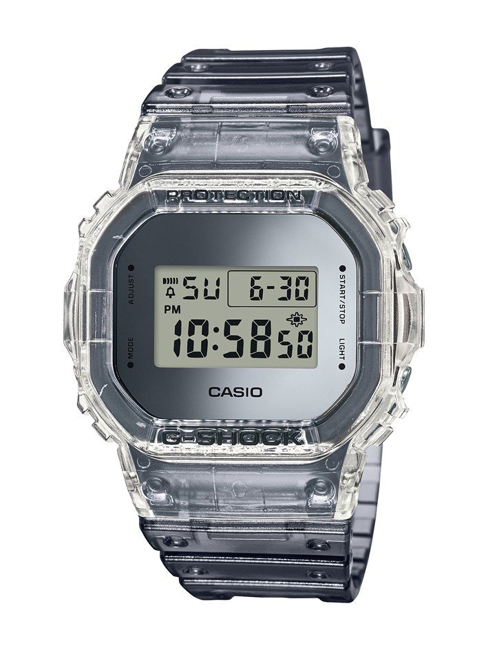 G-Shock DW-5600SK-1腕表2,800元。圖/Casio提供