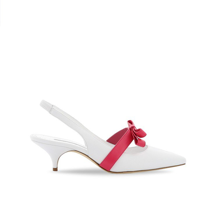 DRAUGALA蝴蝶結低跟鞋,34,800元。圖/Manolo Blahnik提...