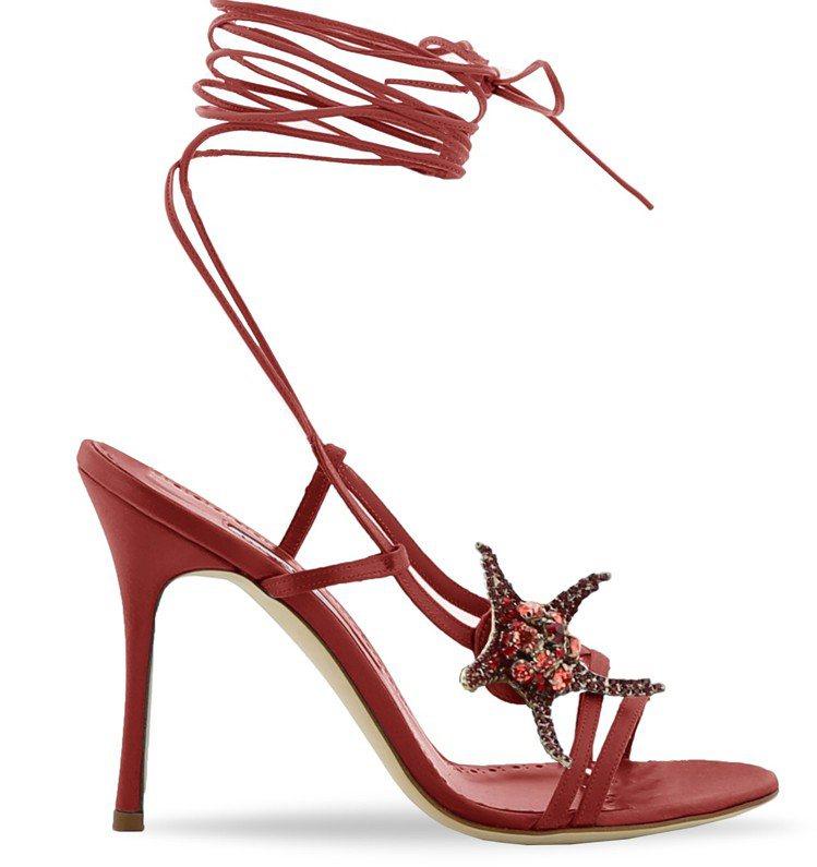 海星裝飾高跟涼鞋,45,800元。圖/Manolo Blahnik提供