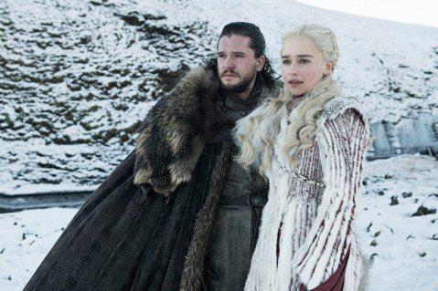 今年最受全球觀眾矚目的影劇盛事之一,就是HBO冠軍夯劇「冰與火之歌:權力遊戲」最終季將從台灣時間15日起,每周一上午9點世界同步首播,粉絲只要再等4天就能欣賞到備受期待的結局。扮演男主角瓊恩雪諾的基...