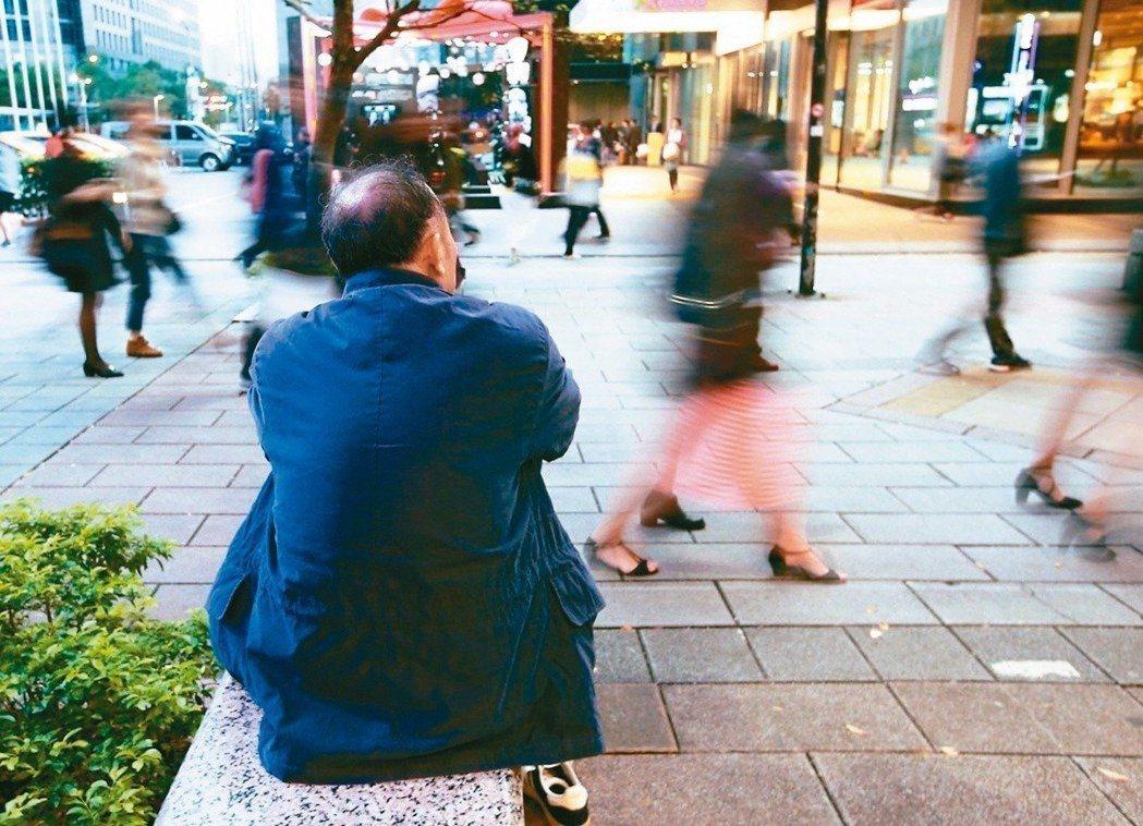 為何有人老得快,而有人老得慢?最新研究進度是,這很可能與腦部特定部位萎縮有關,進...