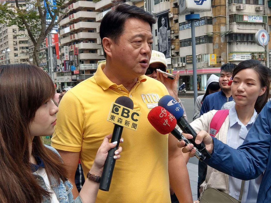 前台北縣長周錫瑋火力旺盛,藍綠政治人物都有人「中槍」。 圖/周錫瑋辦公室提供