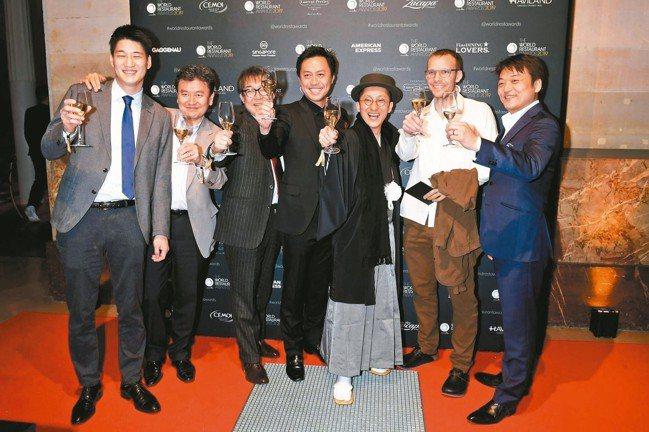 「世界餐廳大獎」2月18日在巴黎舉行,執行規格跟50 Best相差無幾。※ 提醒...