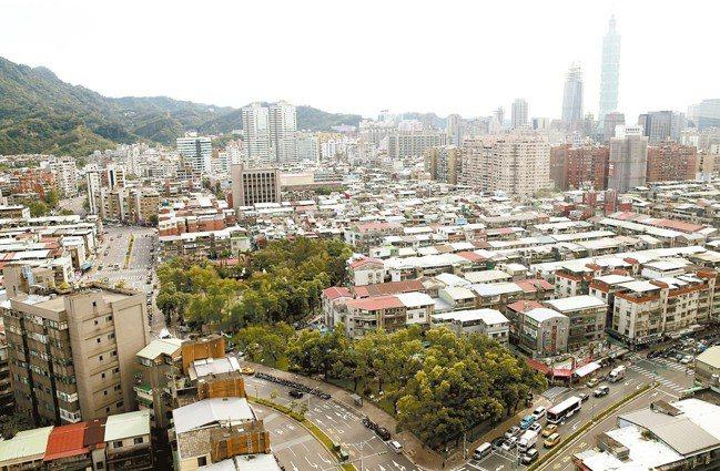 松山區去年12月交易金額大減。 報系資料照