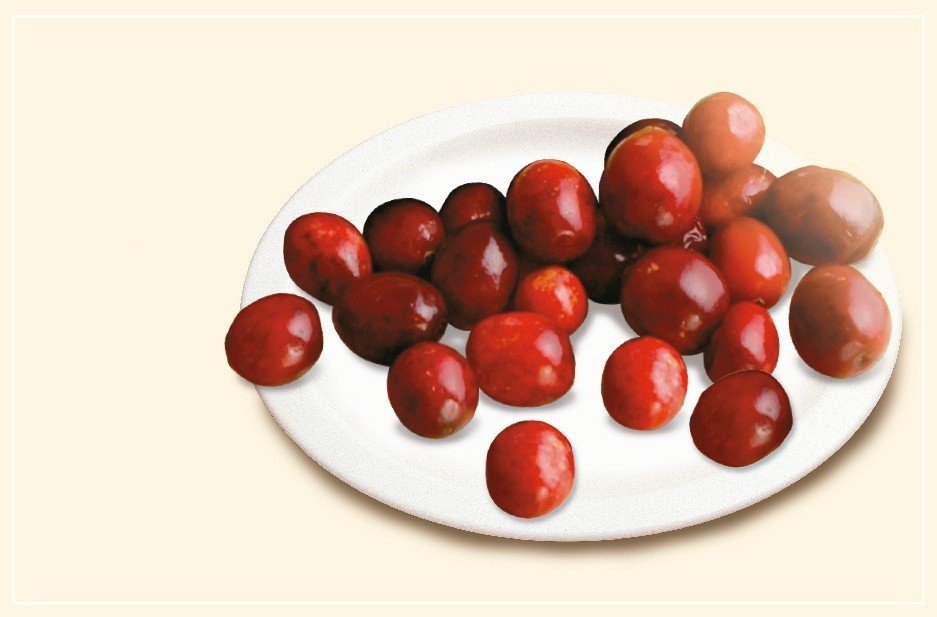天然食材攪打的營養補充品含有蔓越莓,蔓越莓中的花青素有助降低慢性發炎的機率。...