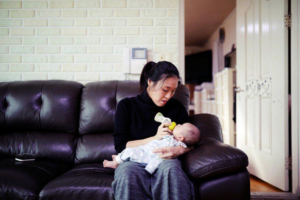 不論力挺或反對墮胎除罪的兩派人馬,不約而同皆提到:當下南韓對女幼的照護與社會觀念...