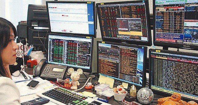 高殖利率的陷阱有三種,存股族喜歡高殖利率的股票,要避免三種狀況。 報系資料照