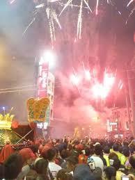 過去,大甲媽祖回鑾彰化,信眾大量燃放煙火鞭炮,照亮夜空間,彰化如同不夜城,但在環...