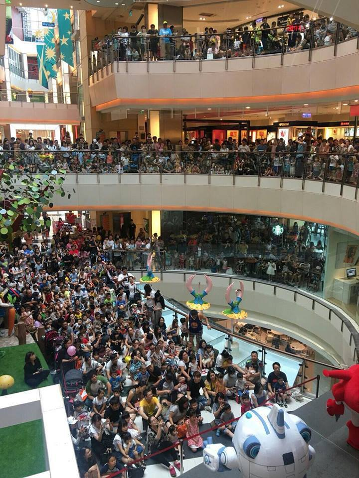 提供購物與休閒娛樂機能的大型購物中心、outlet,成為假日吸引家庭客造訪的強力...