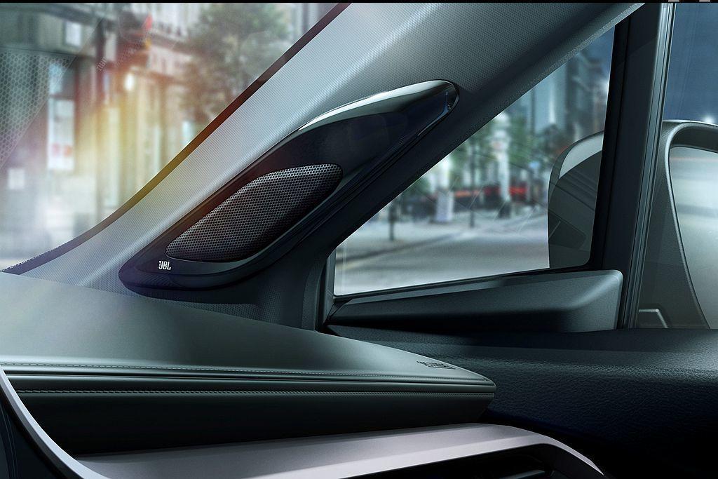 Toyota C-HR Neon Lime限量特仕車車內音響系統、揚聲器升級JB...