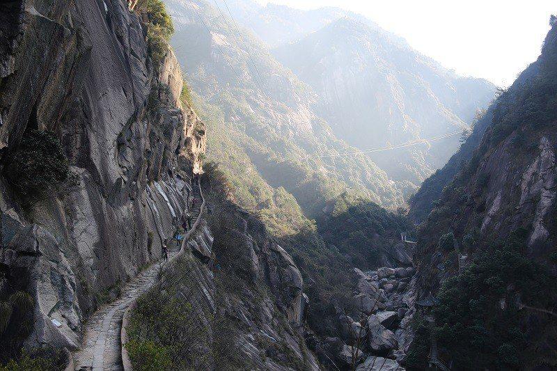 徽杭古道經典的盤山石階小道。© 視覺中國