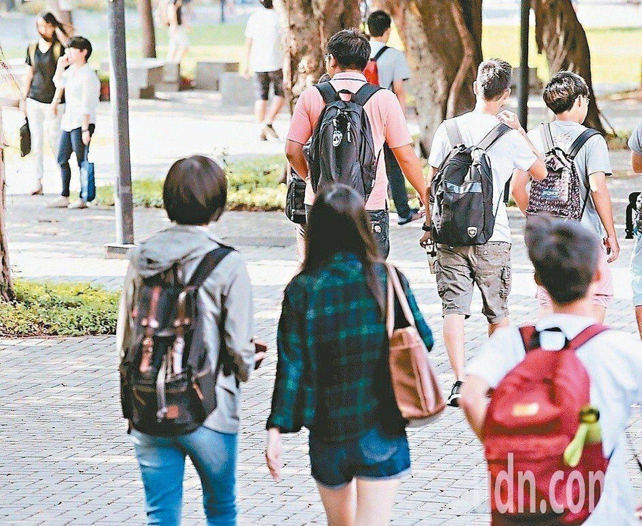 大學學測將在17及18日登場。本報資料照片