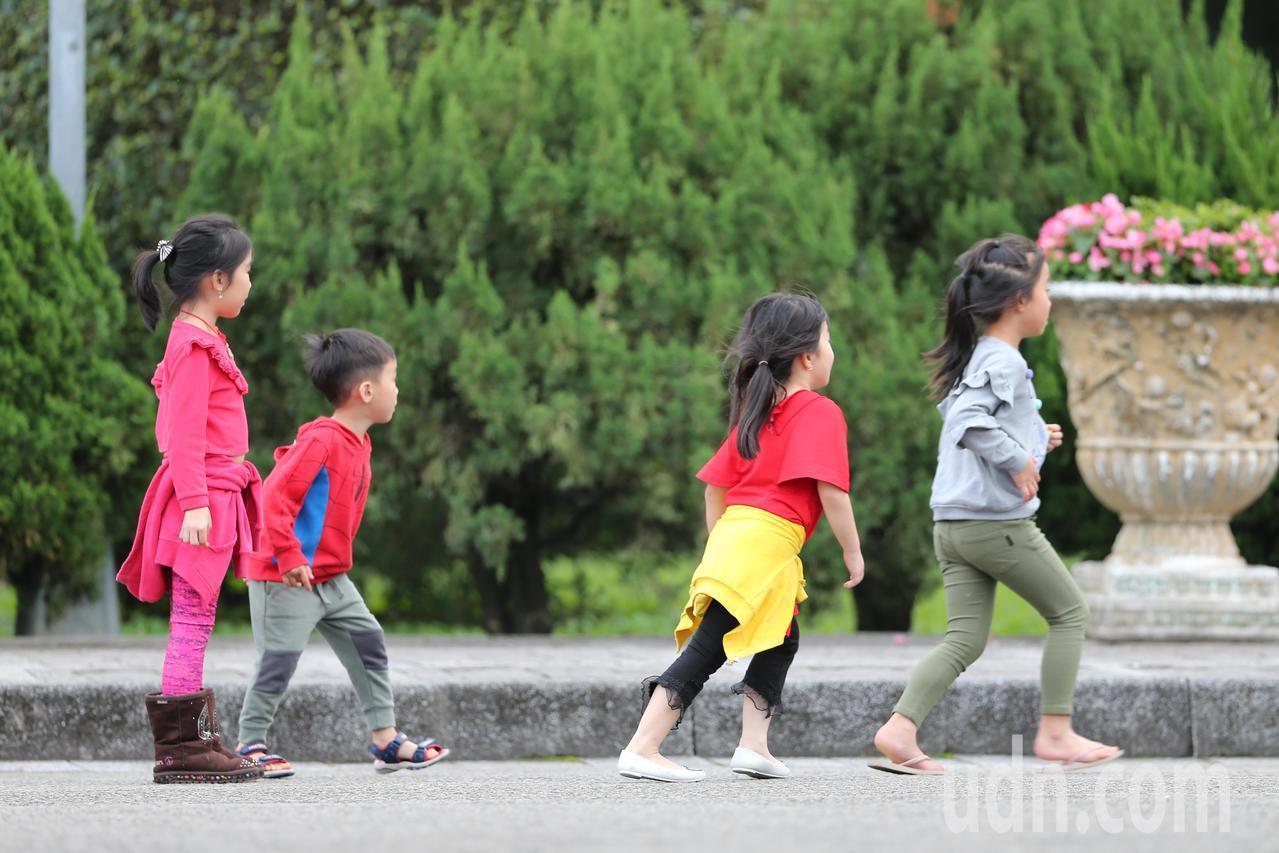 98%五歲兒童進入幼兒園,全教總籲政府啟動5歲國民教育。本報系資料照。