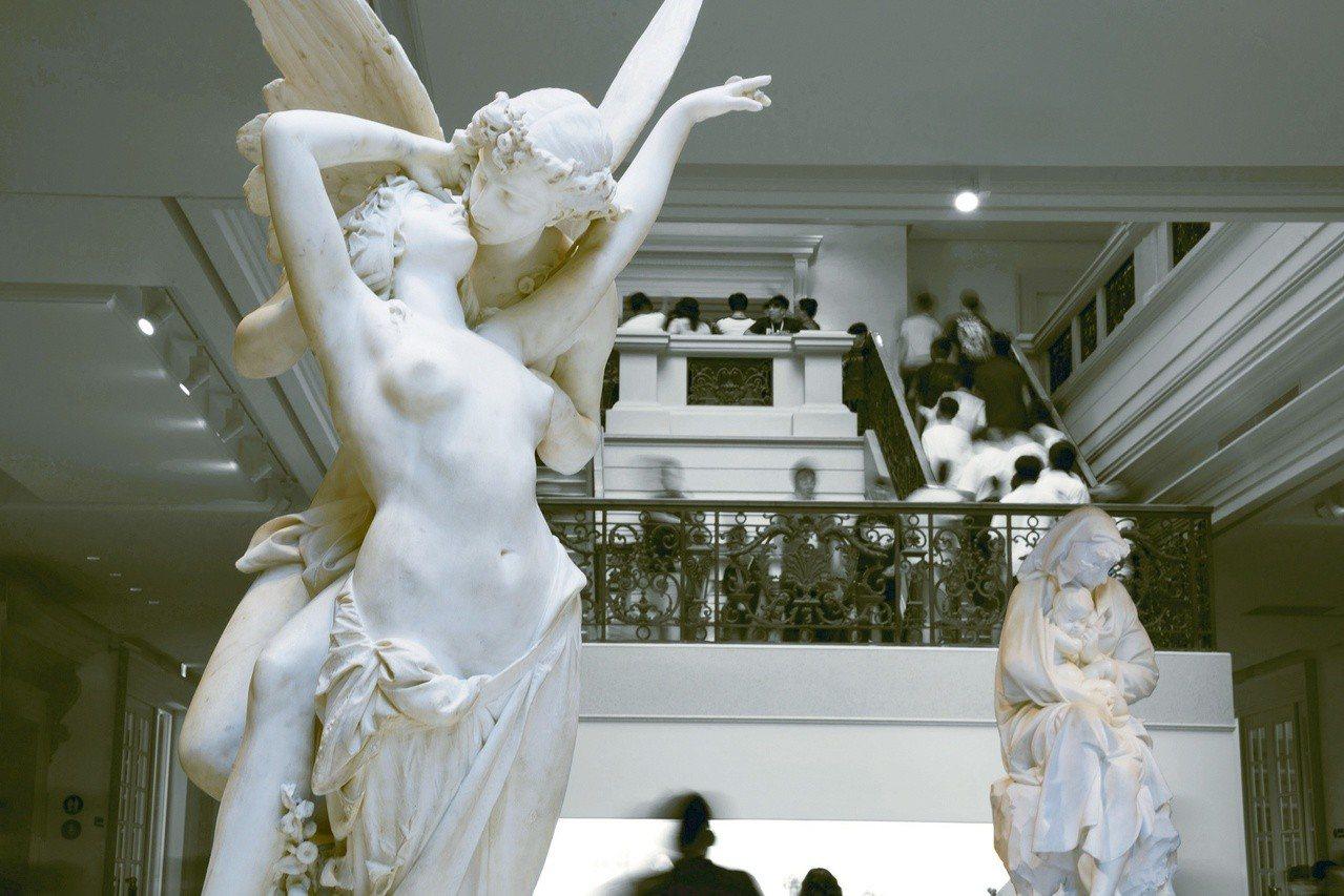 藝術家范毅舜為參觀者、讀者呈現不一樣的奇美博物館面貌。圖/奇美博物館提供