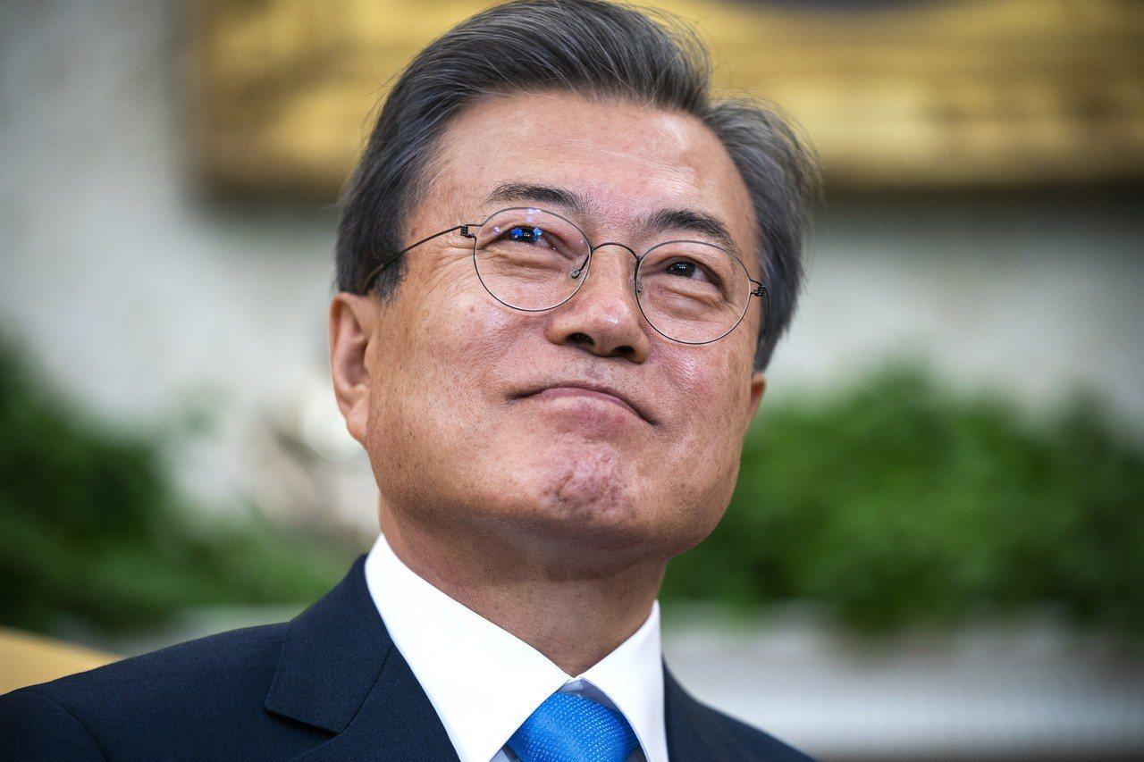 南韓總統文在寅對日本態度比前朝強硬。歐新社