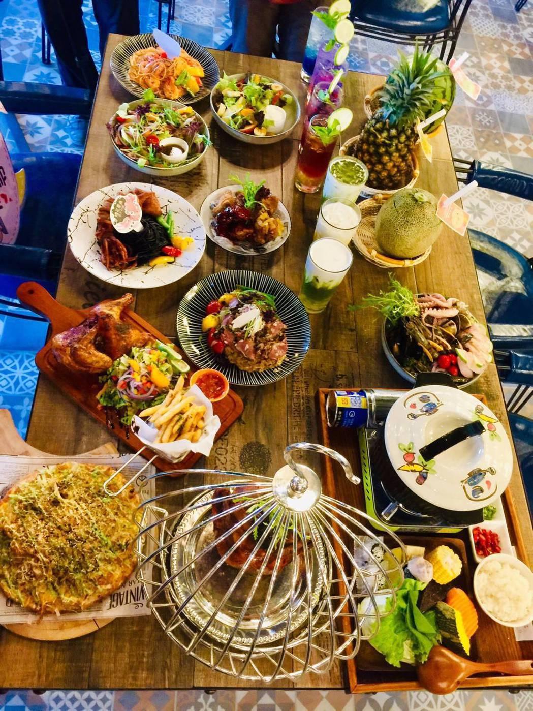 高雄陽光皇后推出噱頭鳥籠雞、盤上雲朵舒芙蕾、浪漫漸層系飲料,還有許多創意主廚料理...