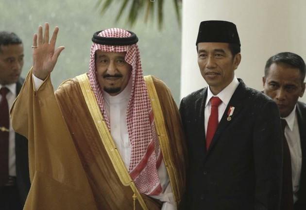 印尼總統佐科威14日抵達沙烏地阿拉伯,參加聖地麥加朝聖儀式,並會晤沙國國王沙爾曼...