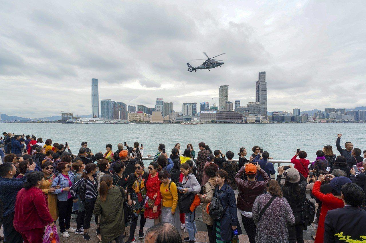受騙遊客形容是一場「苦難之旅」。 中國新聞社