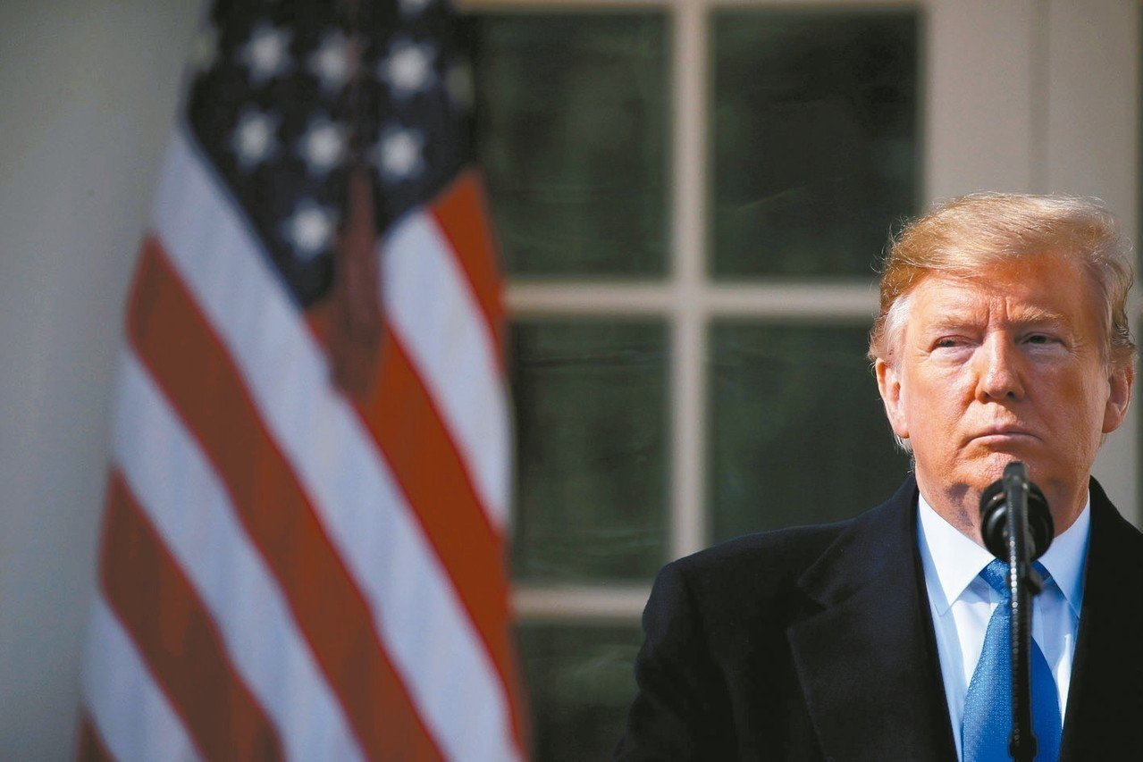 美國總統川普考慮緊縮投資和學生簽證。 路透