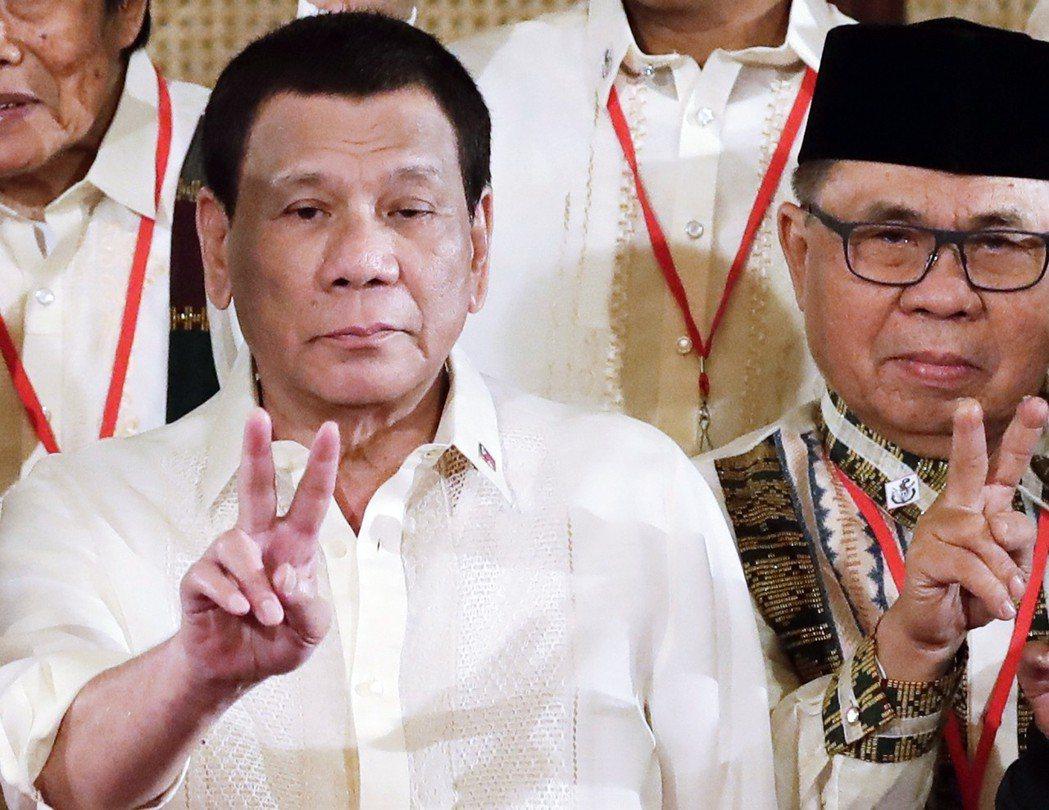 杜特蒂的更改國名說所謂何事呢?是為了恢復菲律賓,還是馬可仕的榮光?更重要的或許是...