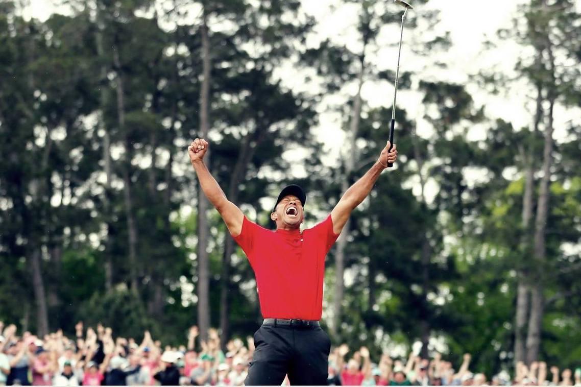 「猛虎回來了!」睽違10餘年,美國高球好手老虎伍茲(Tiger Woods)14...