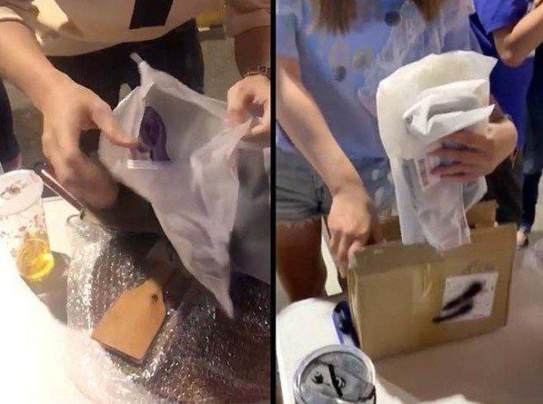 互不相識的兩名網友在夜市買盲包,結果都拿到同樣兩件內衣,連包裝都一樣。 圖片...