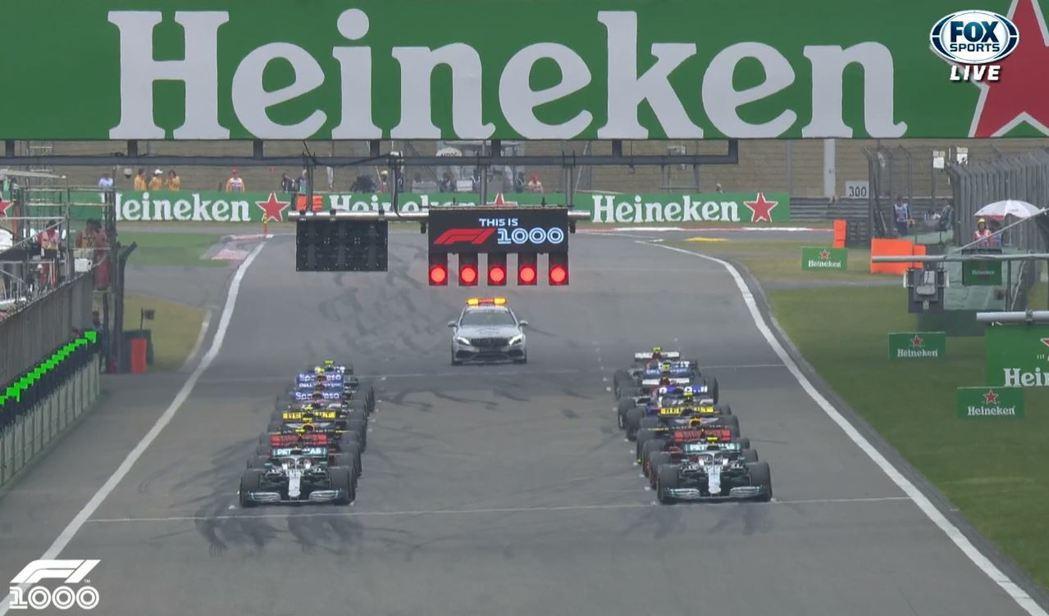 F1歷史上第1000場比賽就在中國上海上賽道展開。 截自FOX+