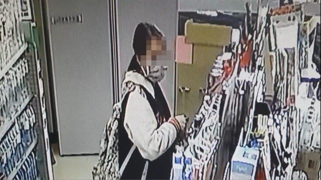 台中市陳姓女子涉嫌在上月中旬在南屯區某超商行竊一盒保險套,警方循線通知她到案,並...