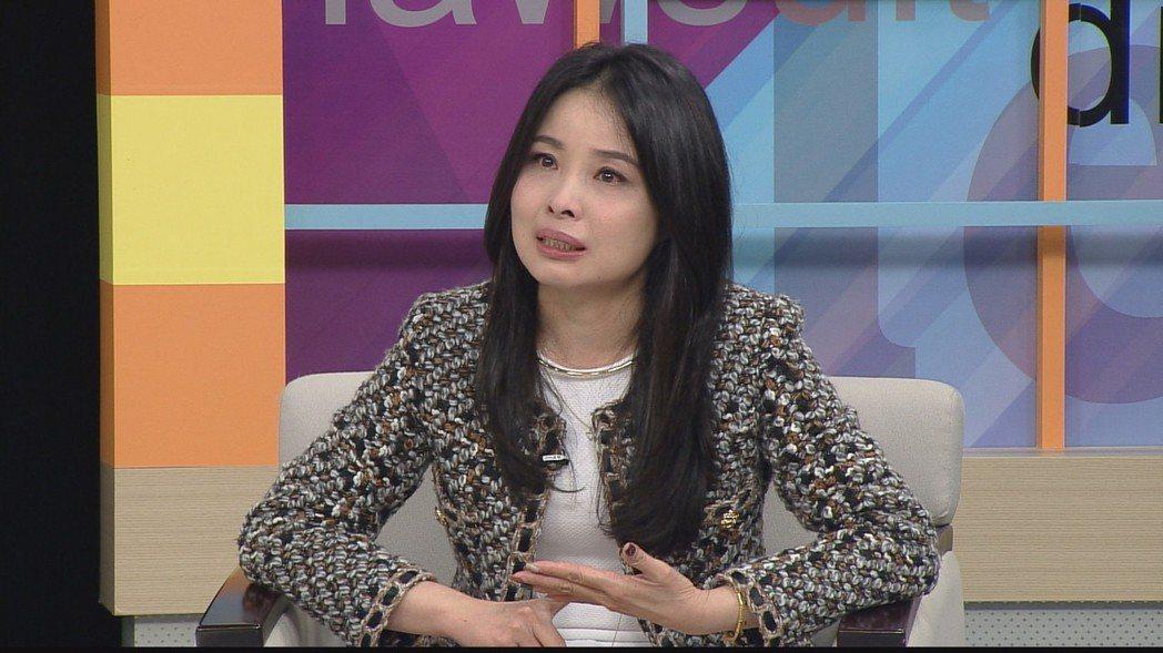 呂文婉在節目中談到離婚過程,忍不住紅了眼眶。圖/和展影視提供
