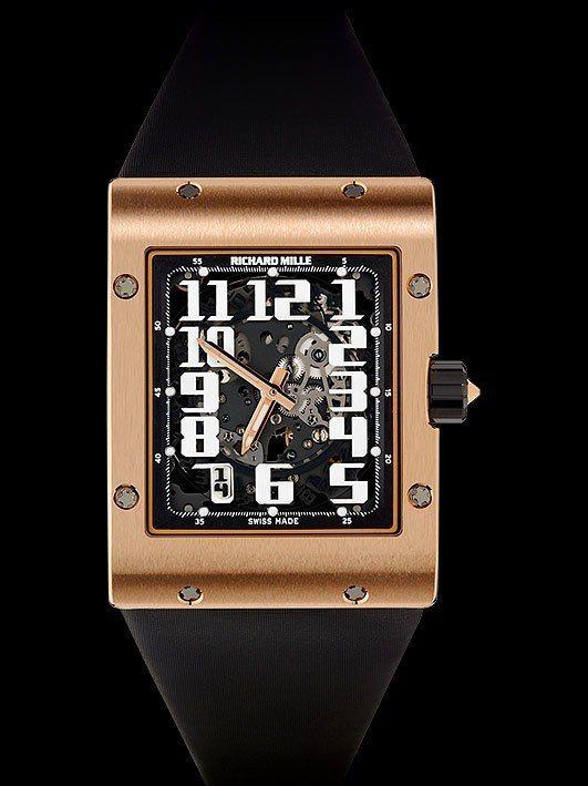 RM 016超薄方型腕表,18K紅金表殼,表身厚度約8.25毫米,具備55小時動...