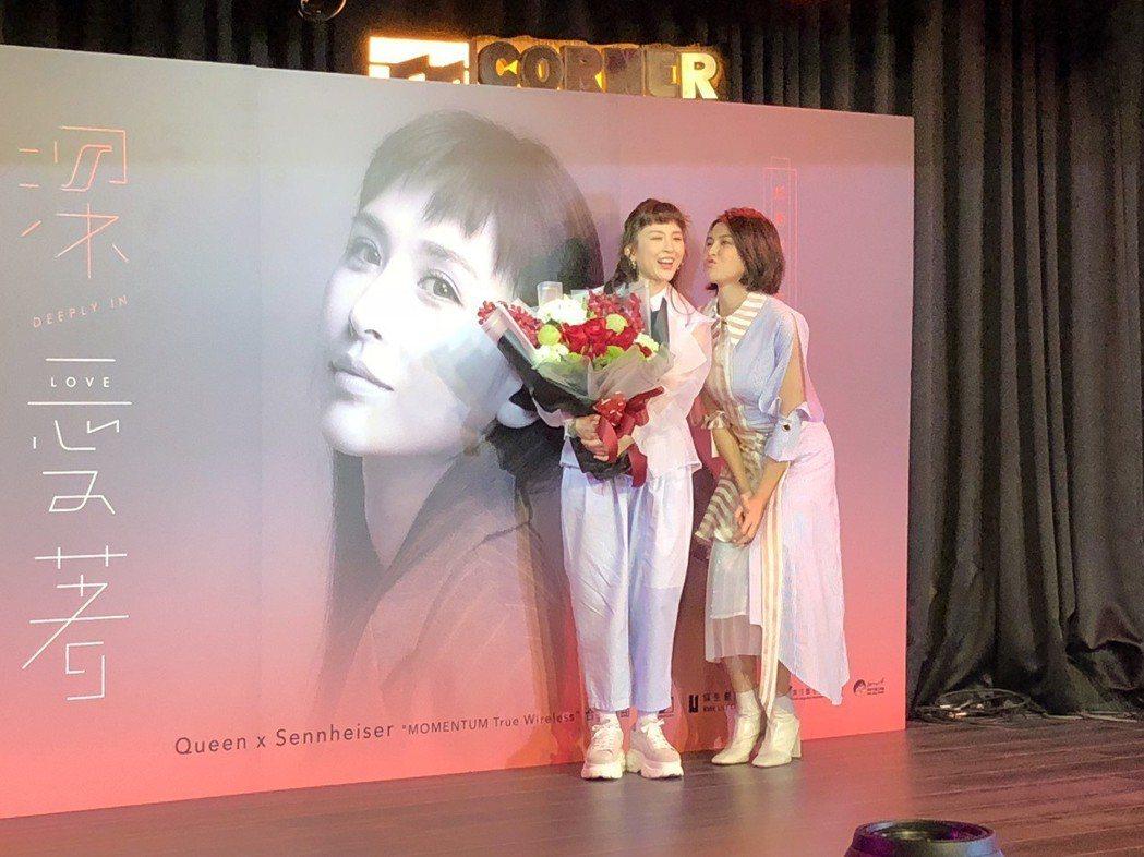 魏如昀(左)推出新單曲,曾沛慈到場力挺。記者林士傑/攝影