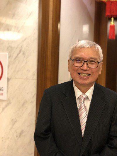 馬來西亞華僑、明凱科技董事主席丘光憲事業有成,不僅是在桃園設廠,生產5G等無線通...