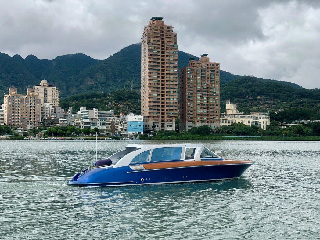 經濟部科專計畫研發之複合動力技術產製的Aquasense33 Hybrid,可帶...