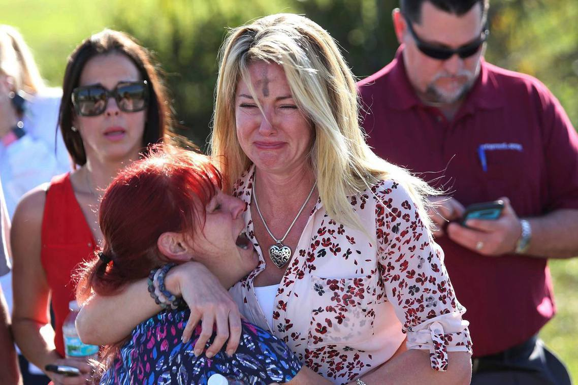 帕克蘭槍擊事件,是2018年2月14日,佛羅里達州帕克蘭市的「斯通曼道格拉斯高中...