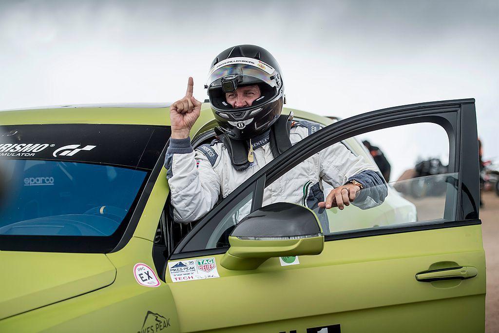 擁有兩屆冠軍資歷豐富的賽車手Rhys Millen,以不低於97km/h的速度,...
