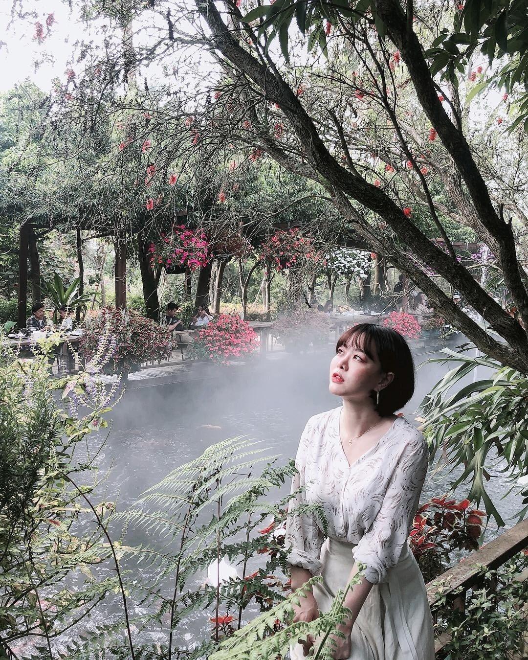 圖/雨林部落旁的霧氣點綴,網友看起來像個小仙女。網友colorwuwu授權