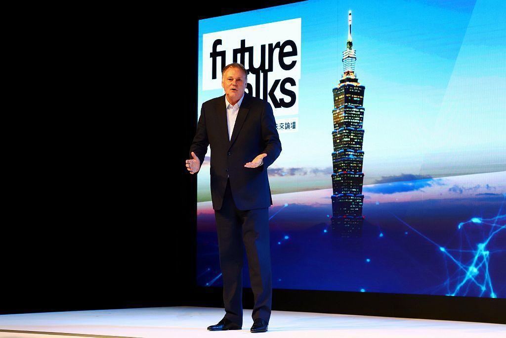 台灣賓士總裁Mr. Michael Grewe在戴姆勒集團擁有超過30年的資歷,並曾於Mercedes-Benz Thailand擔任東南亞總裁職務,除了具有未來移動發展的前瞻遠見。 記者張振群/攝影