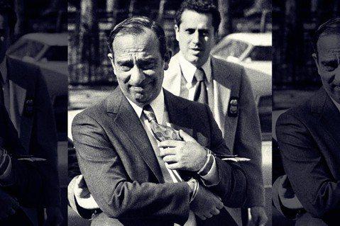 在年輕一代紐約客的印象中,幫派火拼大概只是電影情節——錯了,這是紐約黑手黨教父「...
