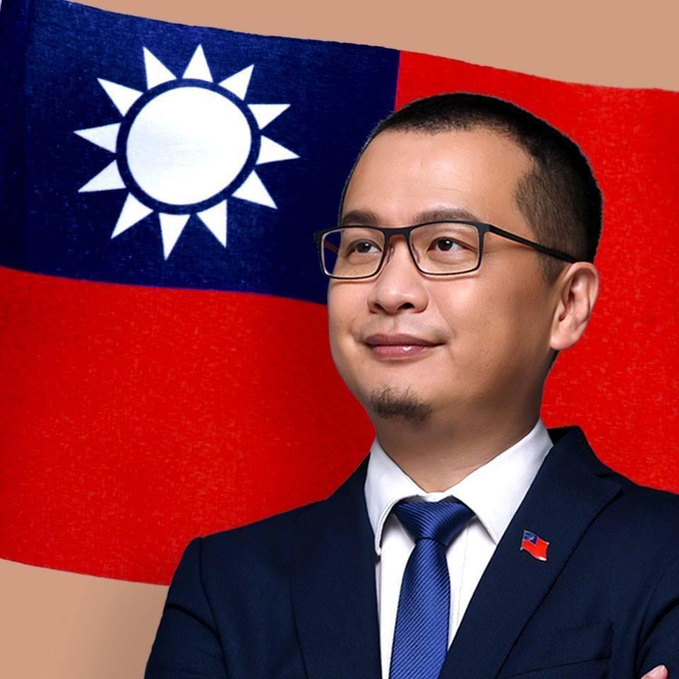 總統府前副秘書長羅智強慎重評估參選台北市士林北投區立委選舉。圖:取自羅智強臉書。