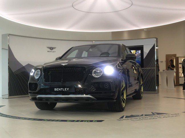 賓利推出全球10台限量紀念車款Bntayga Pikes Peak Limite...