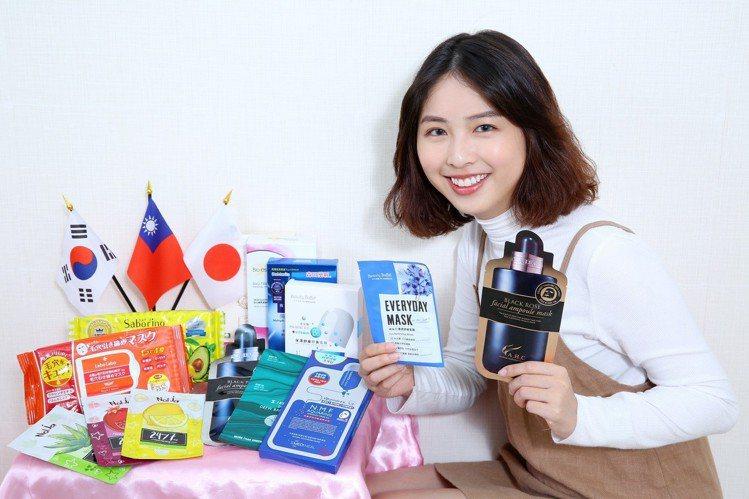 台灣屈臣氏販售的面膜高達1,000項,每個月皆會引進多款新商品。圖/屈臣氏提供