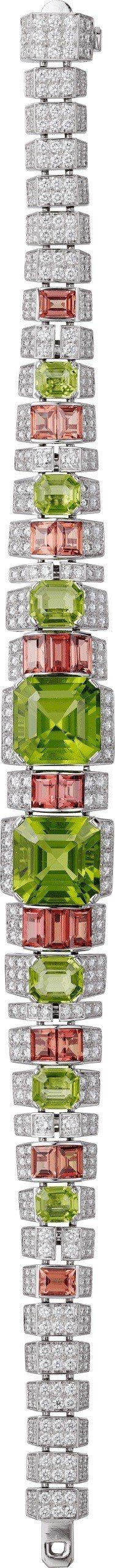 PAGODE 橄欖石鑽石項鍊,白K金鑲嵌橄欖石共12.96 克拉、橙色剛玉、鑽石...