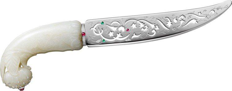 MUGHAL 拆信刀,古董玉軟玉刀柄鑲嵌紅寶石、祖母綠、鑽石,810萬元。圖/卡...