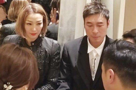 許志安和鄭秀文先前才一起參加婚禮。圖/摘自微博